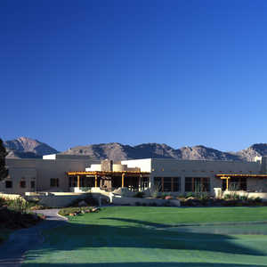 Camelback GC: Clubhouse